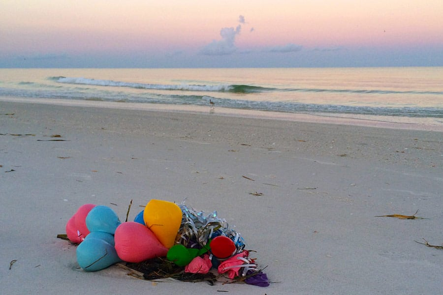 balloons on beach